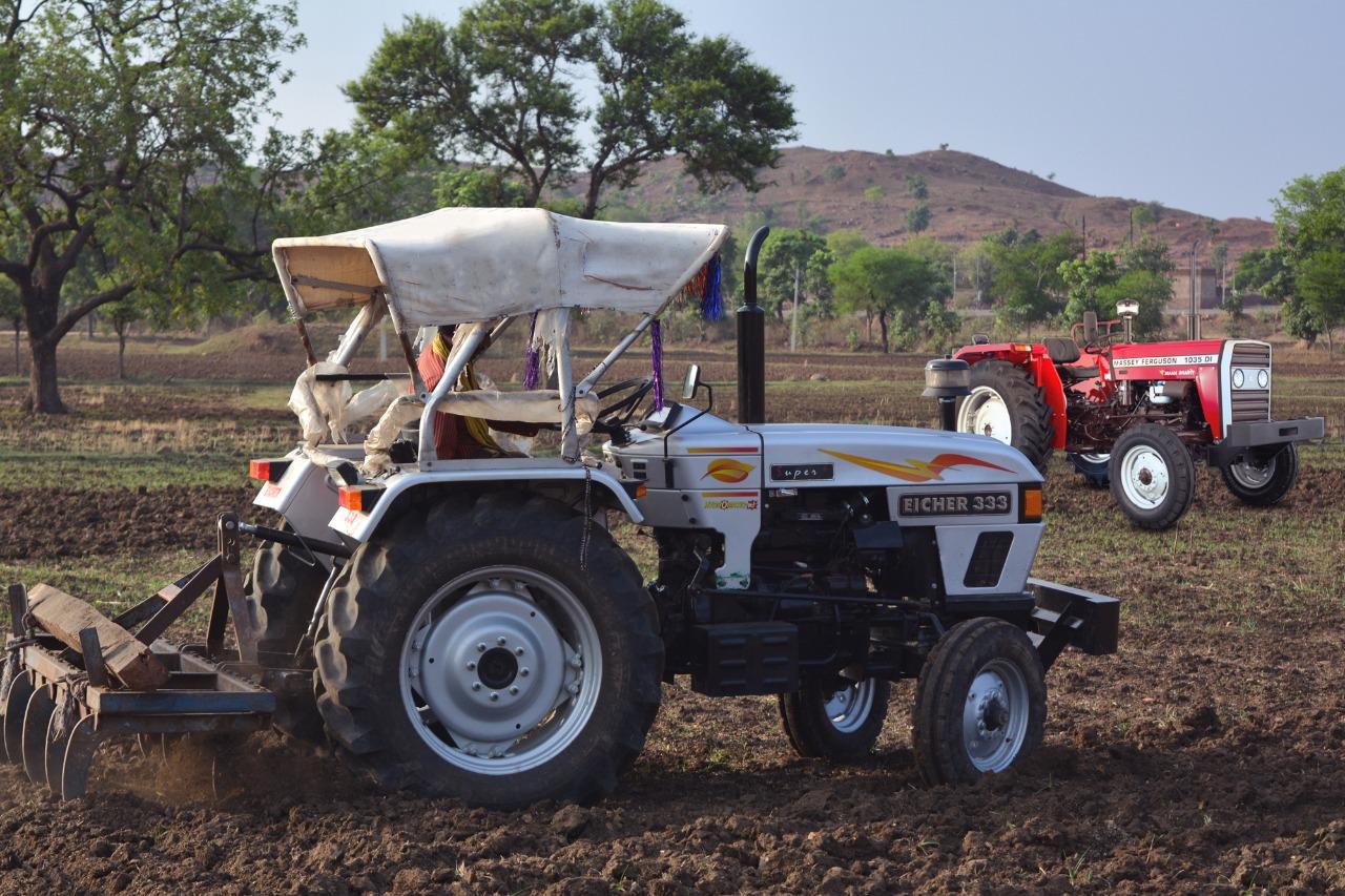 टैफे की मुफ़्त ट्रैक्टर रेंटल योजना ने राजस्थान के छोटे किसानों को ५५,००० एकड़ से अधिक की खेती करने में मदद की